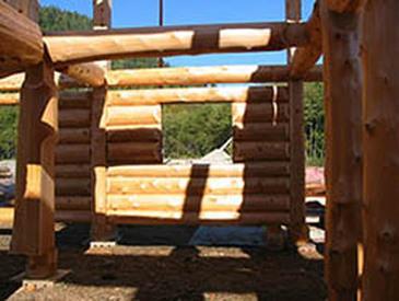 Piece en Piece Log Construction Style